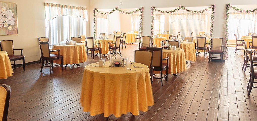 dining room at Greenbriar